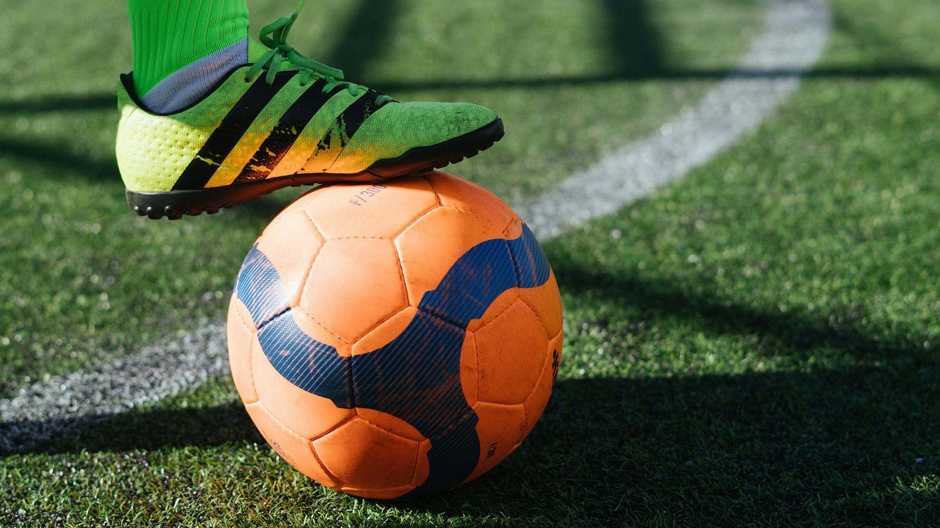 Bina-Qurani-Pengertian-Sepak-Bola