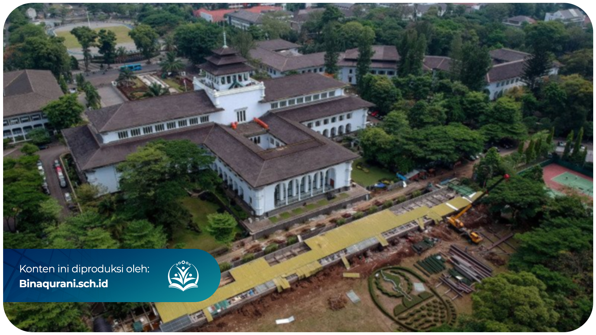 Bina-Qurani-Gedung-Bersejarah-di-Bandung